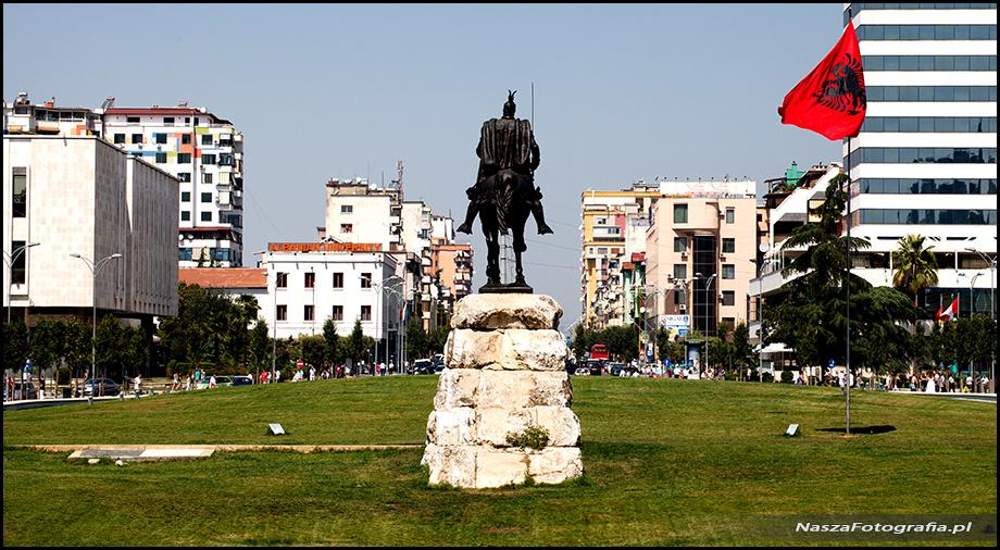 Albania-Tirana-20120822_121